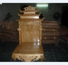 Bàn thờ Thần Tài gỗ Pơ Mu